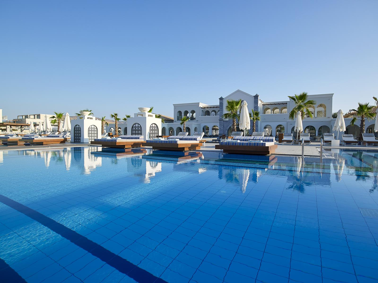 Anemos Luxury Grand Resort
